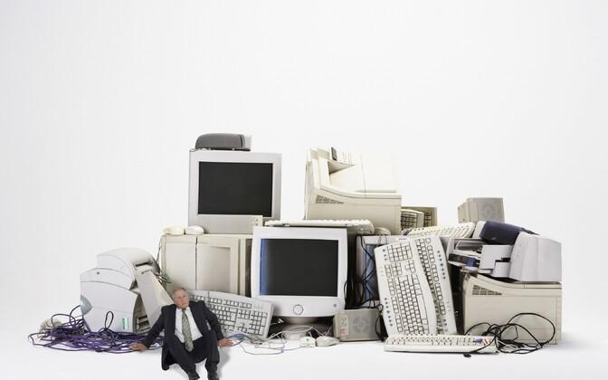 Tarkvarasüsteemid ja -teenused dikteerivad meie elu, suhtlust ja äri.