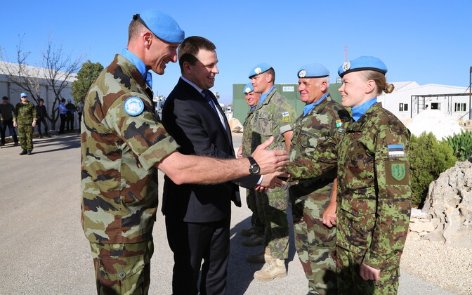 Prime Minister Jüri Ratas (Center) and Commander of the Estonian Defence Forces Gen. Riho Terras visit Estonian troops serving UNIFIL mission in Lebanon.