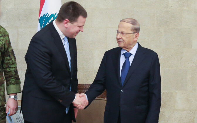 Ratas with President Michel Aoun (right).