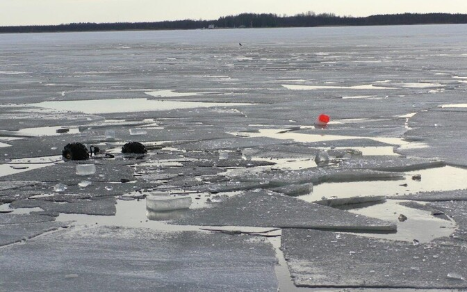 Broken up ice on Lake Peipus. March 2018.