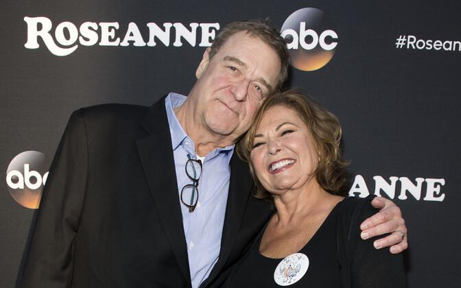 John Goodman ja Roseanne Barr.