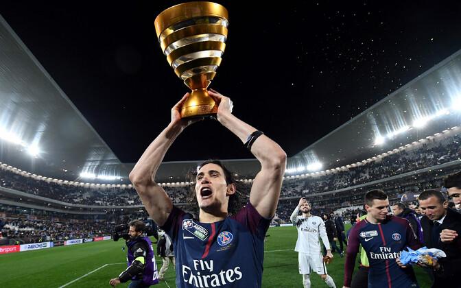 Edinson Cavani Prantsusmaa liigakarikaga.