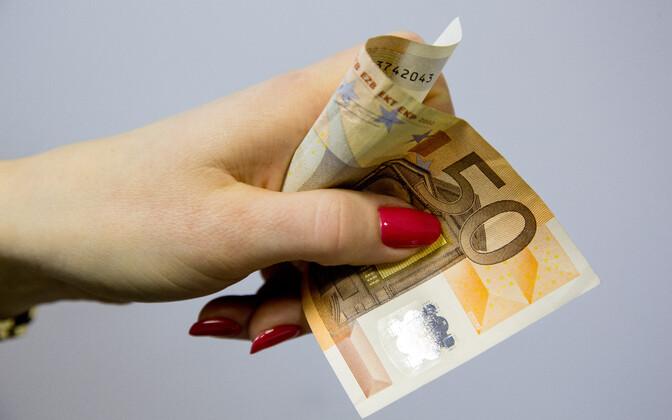 Rahatäht