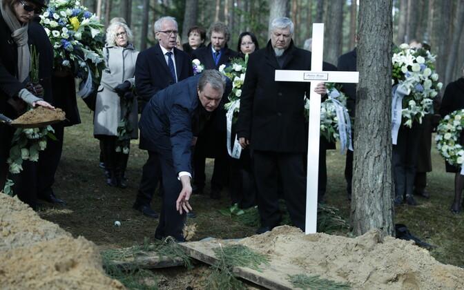 Andres Ammase ärasaatmine Metsakalmistul.
