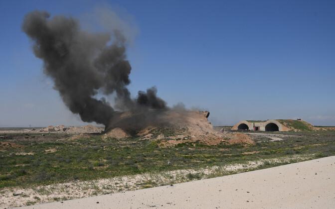 Arhiivifoto: Süüria Shayrati õhuväebaas pärast USA raketirünnakut 2017. aasta aprillis.