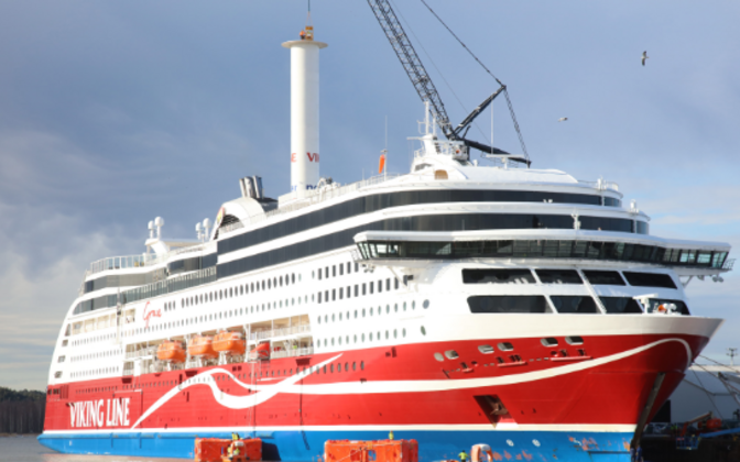 Турбопарус на Viking Grace.
