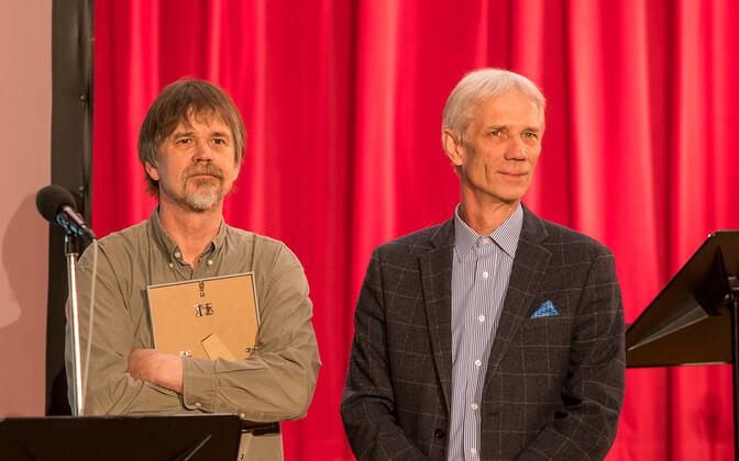 Raadioteatri 2017. aasta näitlejapreemia laureaadid Tõnu ja Rein Oja.