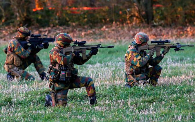 Belgia sõdurid õppusel.