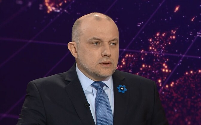 Minister of Defence Jüri Luik (IRL).