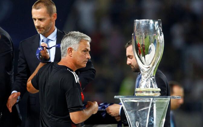 UEFA superkarikafinaali karikas 2017. aastal