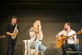 Liis Lemsalu koos bändiga Liibanonis.
