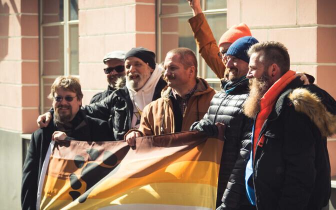 Mullune Tallinn Bearty protestiaktsioon Vene suursaatkonna ees.