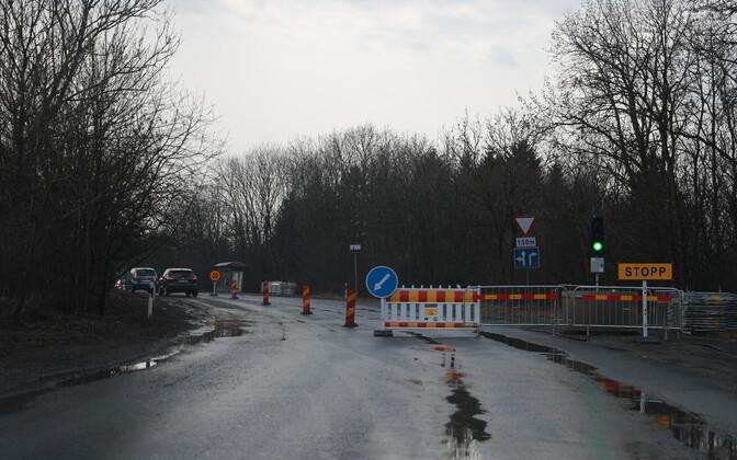 Junction of Pärnamäe and Narva roads undergoing works just three months ago.