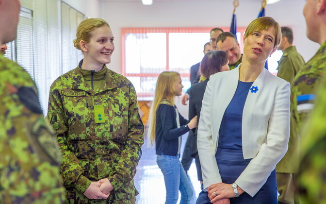 President Kersti Kaljulaid meeting with troops ahead of their deployment. April 16, 2018.