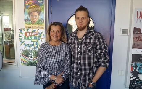Anne Veesaar ja poeg Ott Pabut