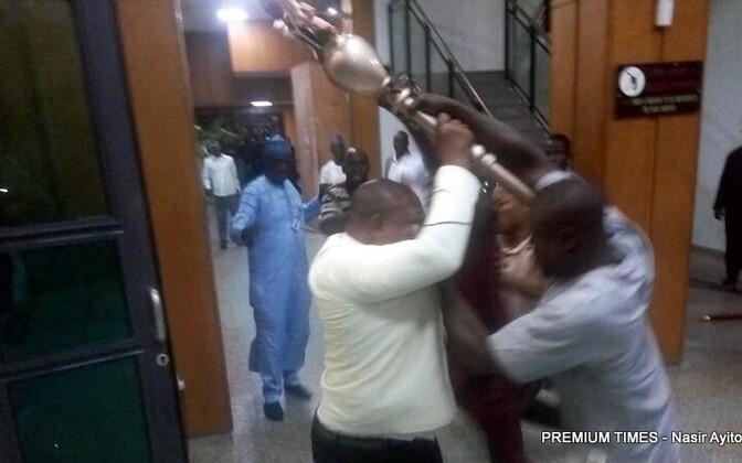 Vahejuhtum Nigeeria senatis.