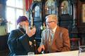 Митрополит Корнилий и бывший мэр Таллинна во время передачи здания церкви храму иконы Божией Матери
