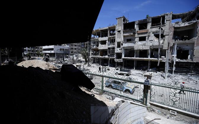 Purustused Doumas, kus väidetavalt toimus keemiarünnak.