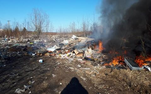 Горящий мусор в Кохтла-Ярве.