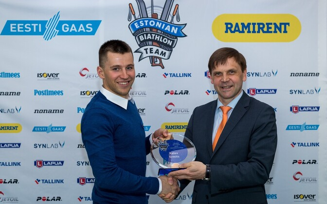 Kalev Ermits (vasakul)