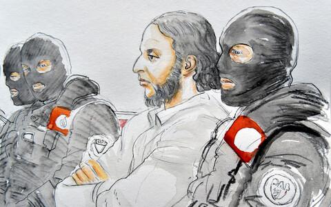 Парижский террорист Абдеслам осужден на 20 лет.