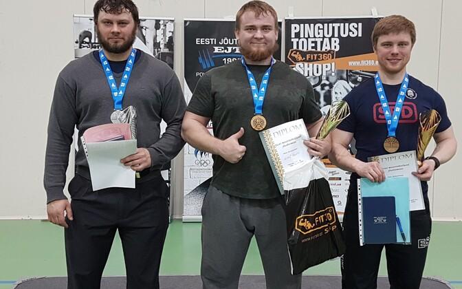 vasakult Elar Kraav, Mihkel Raadik ja Harri Olak