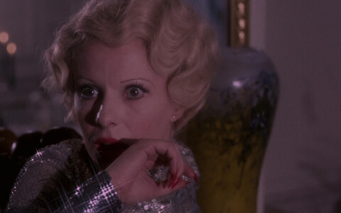 Delphine Seyrig mängib peaosa Harry Kümeli filmis