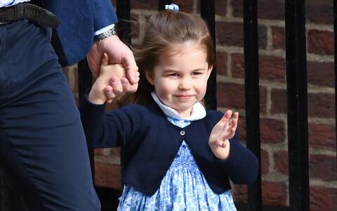 Printsess Charlotte kohtus eile vennaga St Mary haiglas