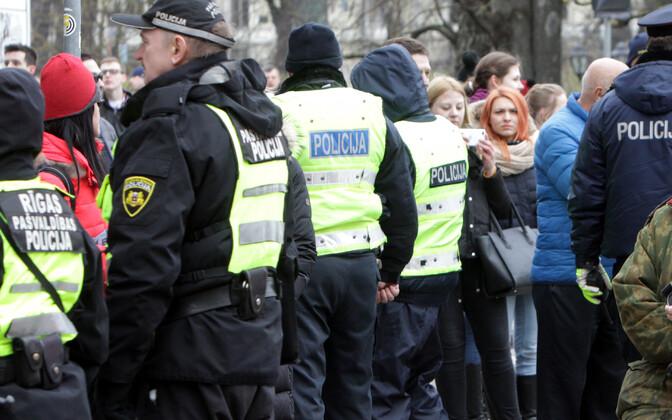 Läti politseinikud.