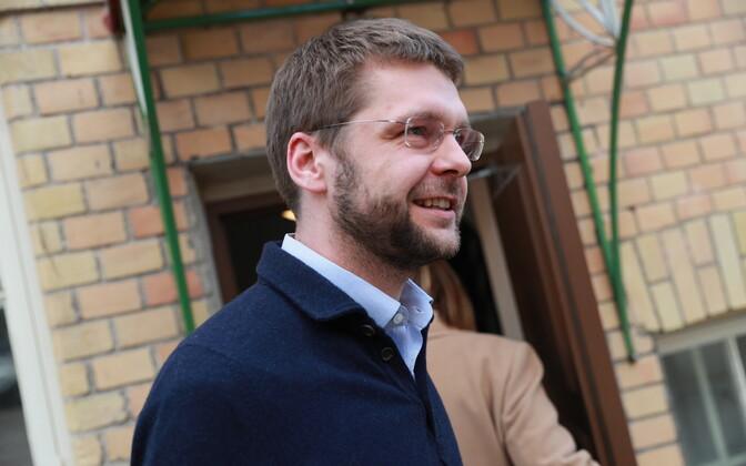 Sotsiaaldemokraatide juhatuse koosolek, Jevgeni Ossinovski