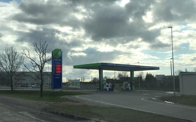 Kütusehinnad reede õhtul Neste tanklas.