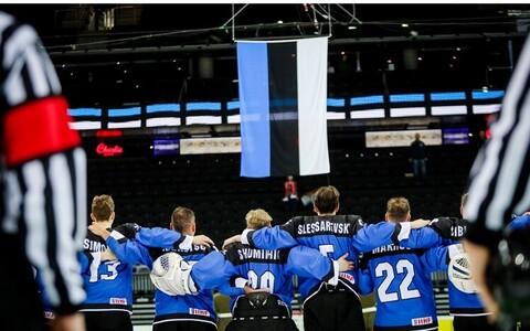 Эстонские хоккеисты готовятся к бою.