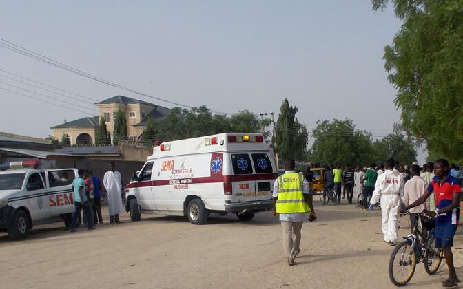 Nigeeria päästetöötajad.