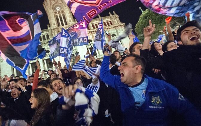 Porto poolehoidjad laupäeva õhtul