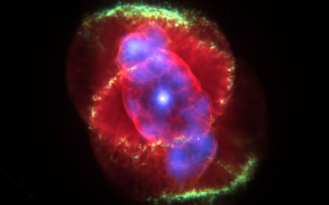 Kassisilma planetaarudu NGC 6543.