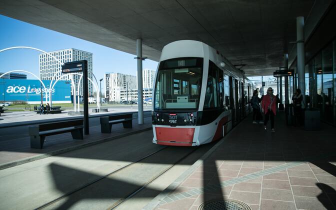 Трамвай в Таллиннском аэропорту