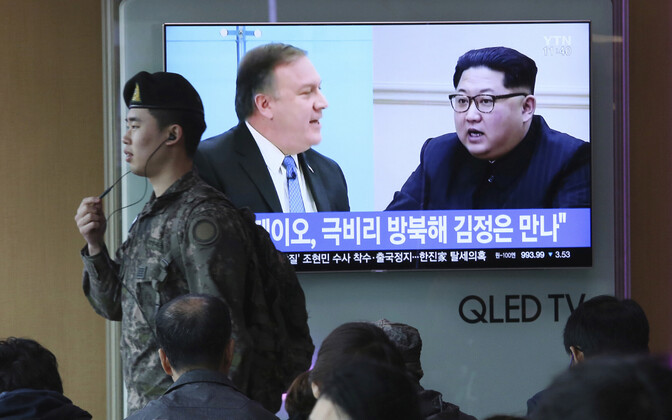 Pompeo ja Kim Souli teleekraanil.