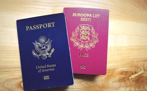 Паспорта Эстонии и США.