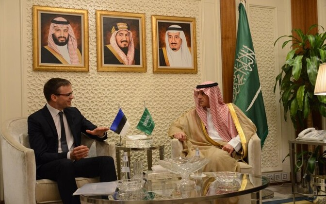 Minister of Foreign Affairs Sven Mikser (SDE) with his Saudi counterpart Adel al-Jubeir in Riyadh on Wednesday. May 9, 2018.