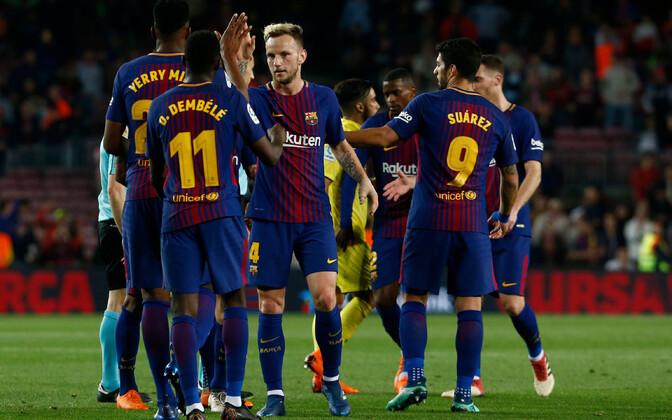 FC Barcelona mängijad võitu tähistamas.