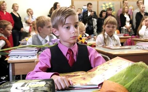 Õpetajatel ja õppejõududel tuleks laste huvides igasugusest vaenulikkusest hoiduda.