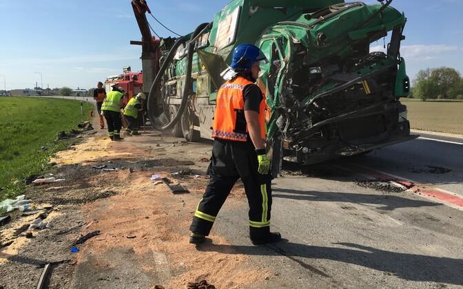 Ragn-Sellsi auto pärast avariid
