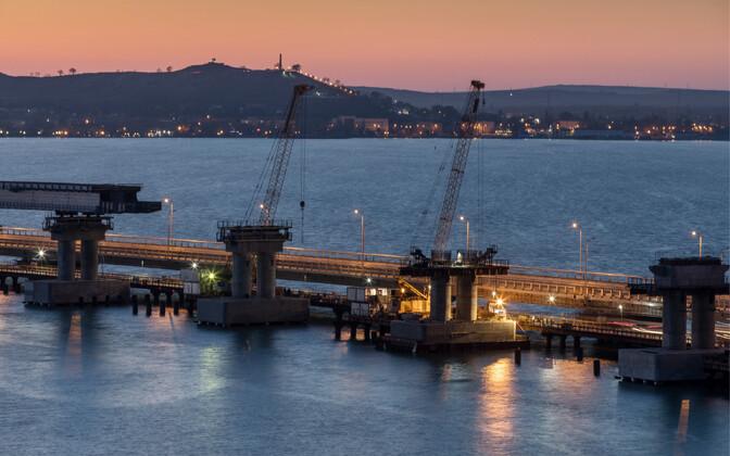 Kertši silla ehitamine Venemaa ja Krimmi poolsaare vahele.