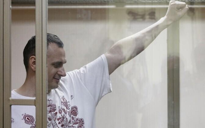 Сенцов намерен продолжать голодовку