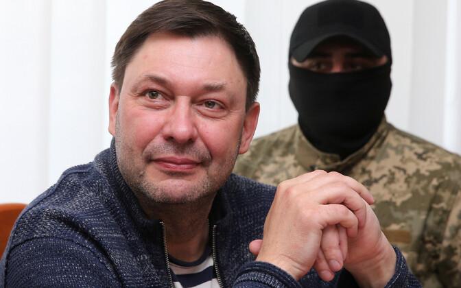 Глава РИА Новости-Украина Кирилл Вышинский в Херсонском суде.