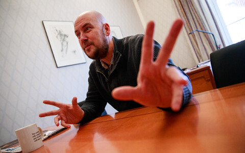 Артур Тальвик вышел из Свободной партии, но не из политики