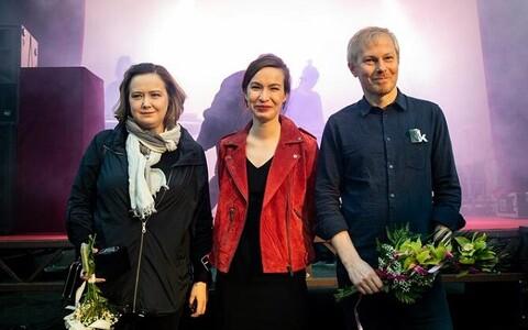 Köler Prize'i võit läks tänavu jagamisele Anna Škodenko ja Tanja Muravskaja vahel, publikupreemia pälvis Holger Loodus.