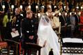 Prints Harry ja Meghan Markle altari ees