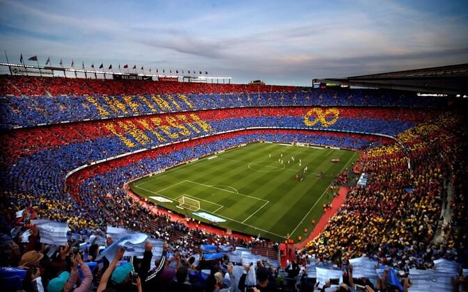 Camp Nou austas pühapäeval Barcelona eest viimase mängu pidanud Andres Iniestat