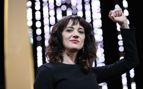 Asia Argento Cannes'i lõputseremoonial.